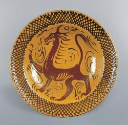 バーナード・リーチ 《スリップウェア グリフィン図大皿》 1952年 陶器 10.2(h)×45.3cm