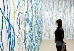 森 太三 個展「Rain to Rain」より 2011年 / neutron kyoto(京都) 撮影:表 恒匡