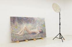 梅津庸一「フロレアル-汚い光に混じった大きな花粉-」2012-2014年 h.111.7 x w.191.2 cm パネルに油彩、ミクストメディア 撮影:三嶋一路