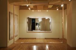 2011年2月に開催されたLADSギャラリー(大阪)での「今井祝雄 ― フレーム考」展の会場風景