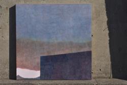 「春、夕方、山の上」 素材:木製パネルに寒冷紗、ジェッソ、アクリル、色鉛筆 サイズ:S25(803mm×803mm) 制作年:2019年